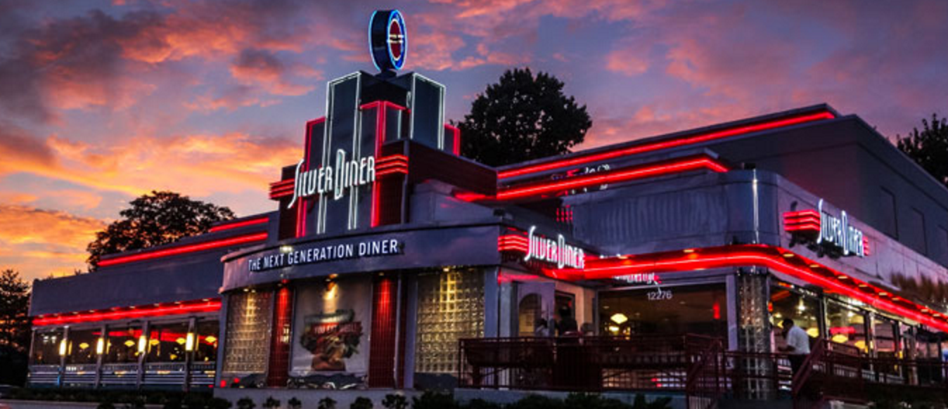 Silver diner in Rockville at night